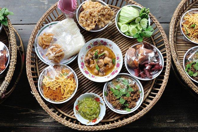 A Gastronomical Khantoke Evening in Chiang Mai