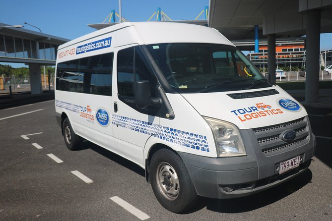 Premium, private mini-van transfer. Port Douglas - Cairns Airport.