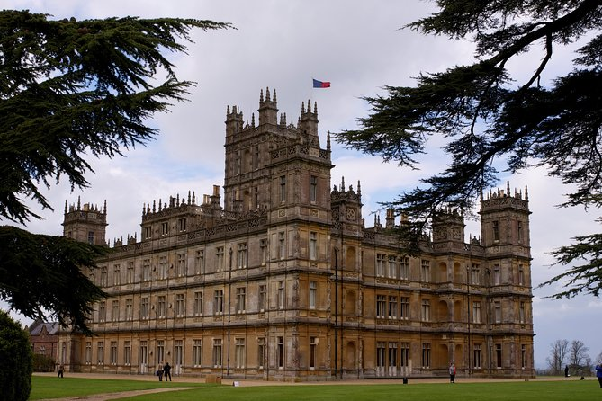 Private Tour visiting Downton Abbey Locations, the Cotswolds & Highclere Castle