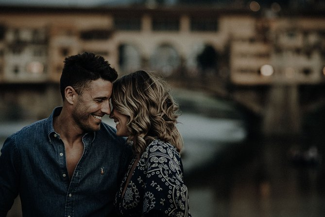 Private Professional Photo Shoot in Florence for Couple Engagement / Vacation