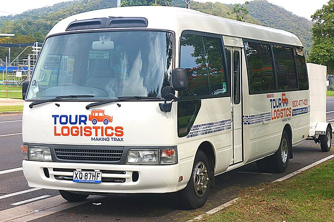 Premium, private bus transfer. Cairns Airport - Palm Cove.