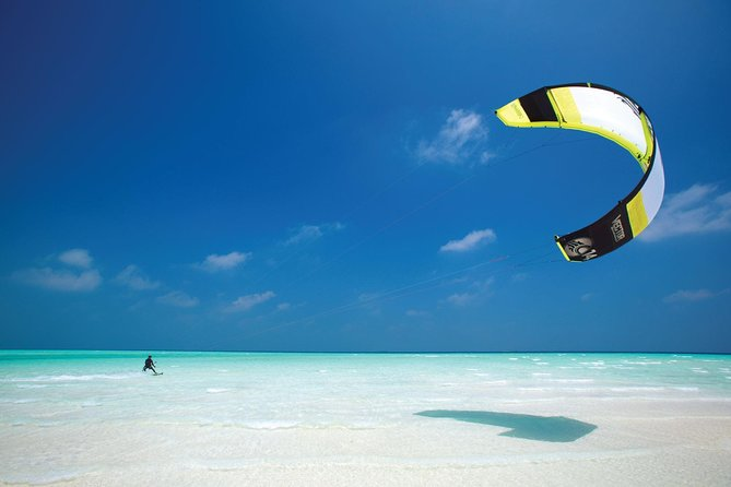 Maafushi: Kite Surfing & Wind Surfing