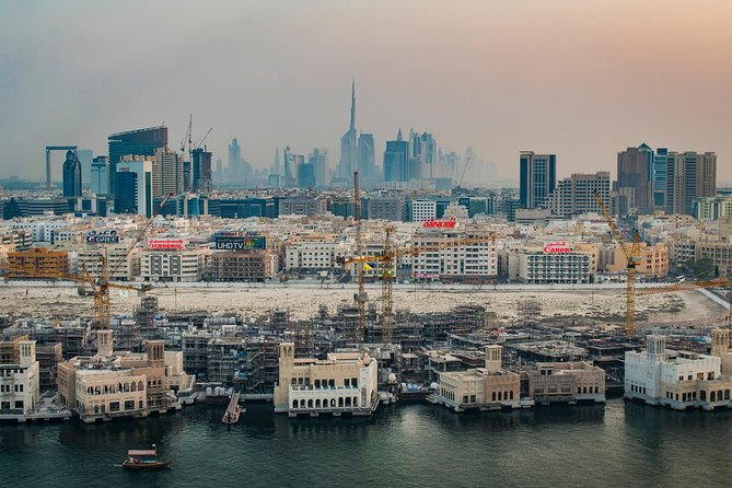 Private Dubai Skyline Photography Tour with a Professional Photographer