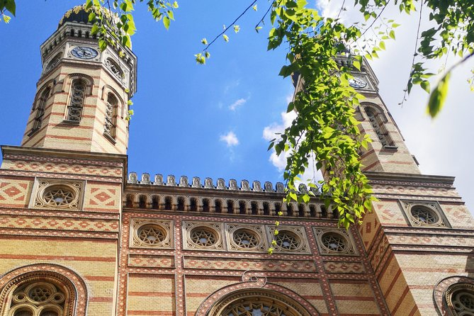 Private Virtual Guided Tour of Jewish District in Budapest