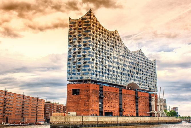 Hamburg City Tour with Hotel pick up and Drop off