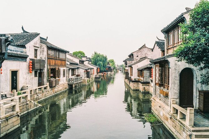 Private Round Trip Transfer to Zhujiajiao Water Town from Pudong Airport
