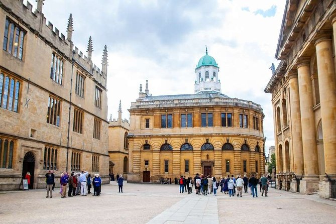 Social Distancing Specialised Oxford University Walking Tour With Student Guides