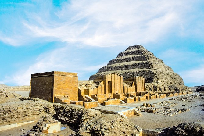 Private Tour - Giza Pyramids, Sphinx, Memphis and Sakkara from Cairo