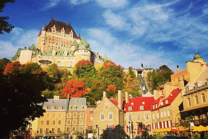 Virtual Tour in Old Quebec with a Local Guide