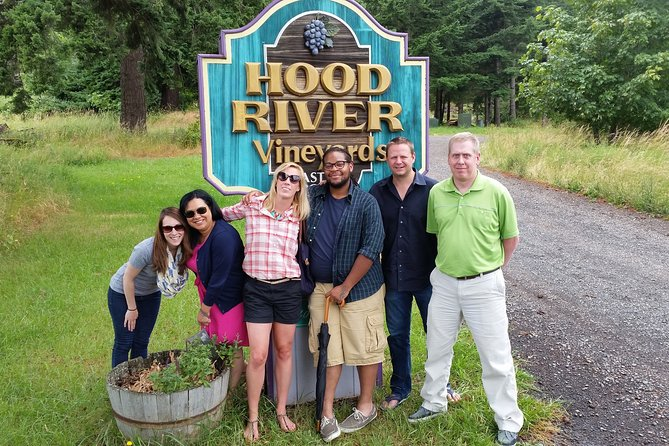 World Famous Hood River Oregon Wineries Tasting Tour
