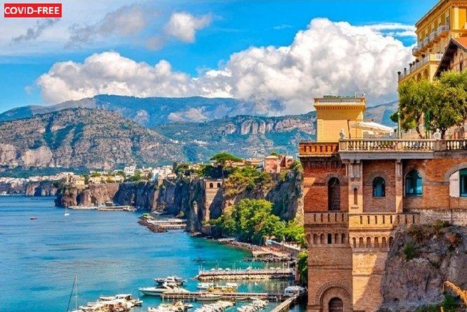 Positano, Sorrento & Pompeii: Small group tour from Naples