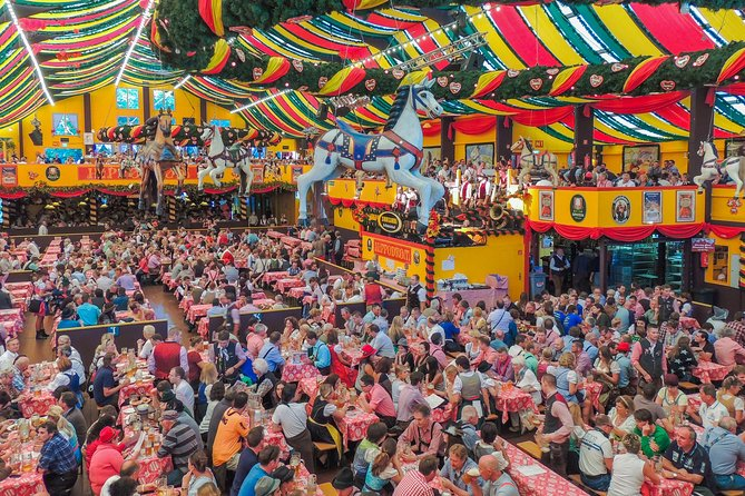 Free Beer and Lunch: Private Full-Day Guided Tour of Munich City and Oktoberfest