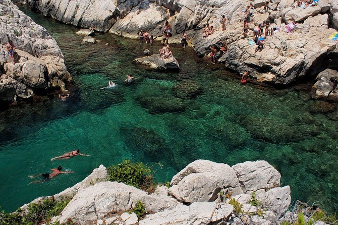 Hiking in the Calanques National Park from Luminy