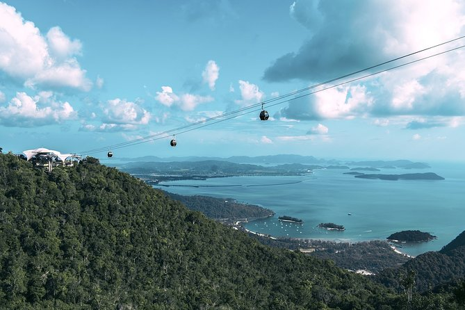 Langkawi Cable Car and Waterfall Tour