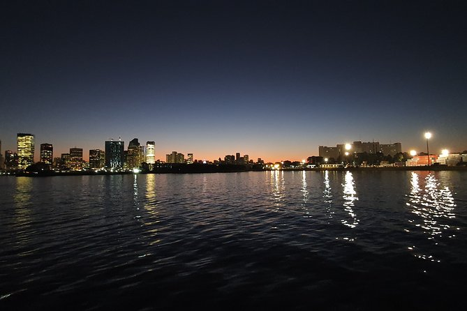 Private Tour: Buenos Aires Night City with Open Bar