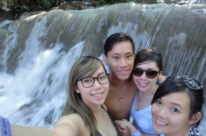Dunns River Falls Private Hiking Tour from Ocho Rios