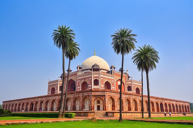 Delhi-Agra:- Privately Guided Overnight Trip To Agra From Delhi ( 2D/1N )