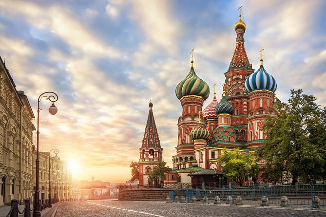 8-Day Best of Moscow and St Petersburg Tour with Accommodation
