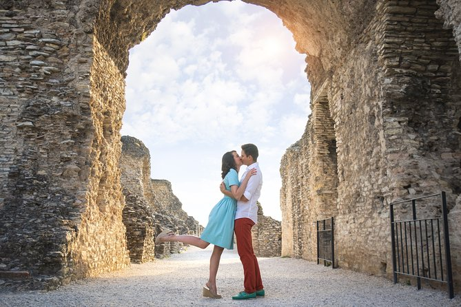Private Walking Photography Tour in Sirmione