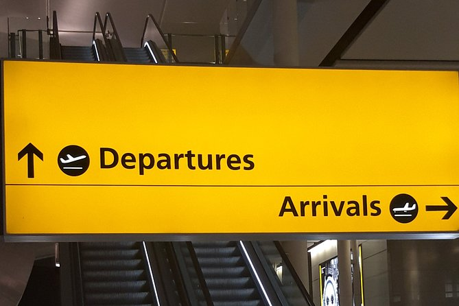 Private One Way or Round Trip Transfer: Heathrow Airport to East London