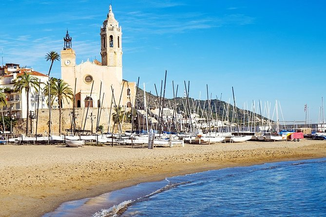 Private Transfer from Sitges to Barcelona Airport