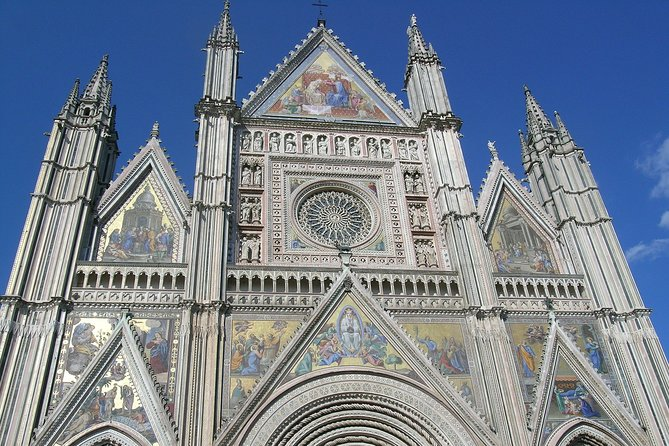 Orvieto, the Cathedral with golden mosaics and the medieval city – Private Tour