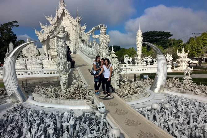 Full-Day Private Chiang Rai City Temple Tour