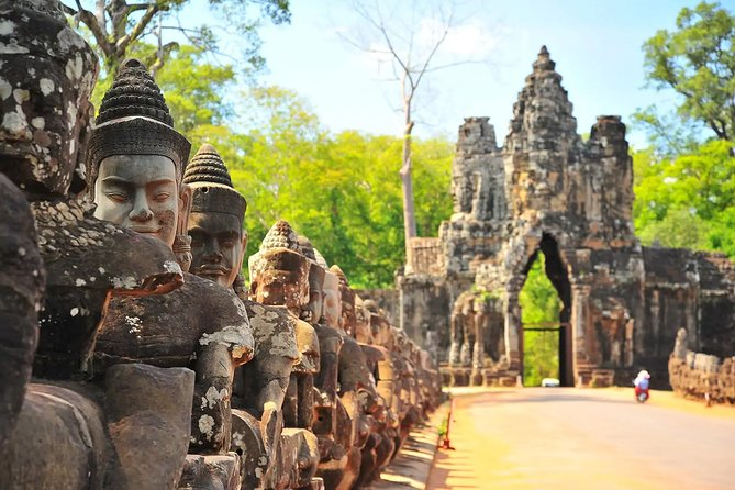 Full-Day Tour to Angkor Temples from Siem Riep