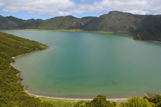 Half Day Walking Tour Lagoa do Fogo