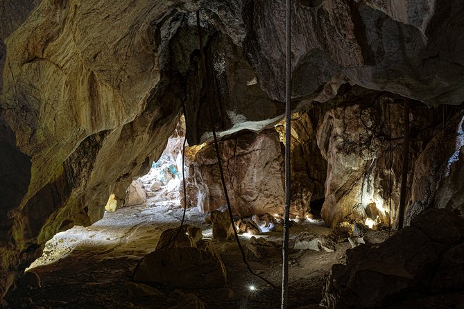 Capricorn Caves Cathedral Cave Tour