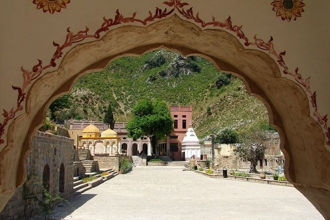Private Tour: Half Day Islamabad Saidpur Village Exploration Tour