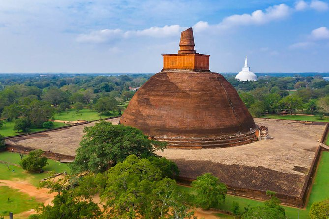 One Day Tour To Anuradhapura
