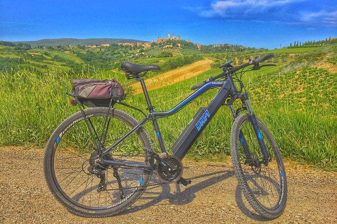 Discover the Via Francigena and San Gimignano on an E-Bike