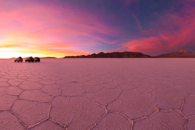 Uyuni Salt Flats - 3 Days / 2 Nights - English Speaking Guide