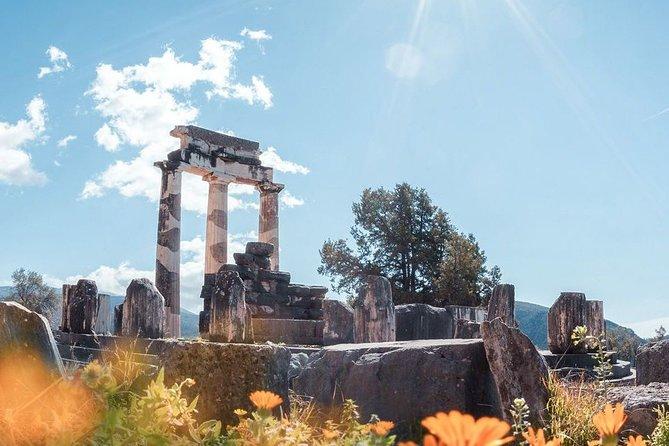 Luxury Transfer Athens Airport To Delphi