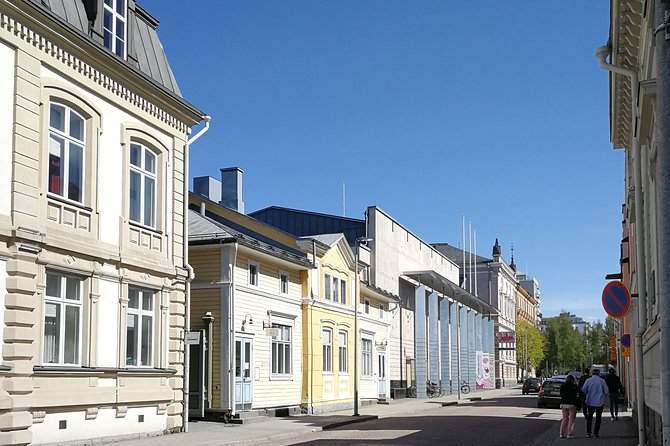 Small-Group Guided Walking Tour of Oulu City Center