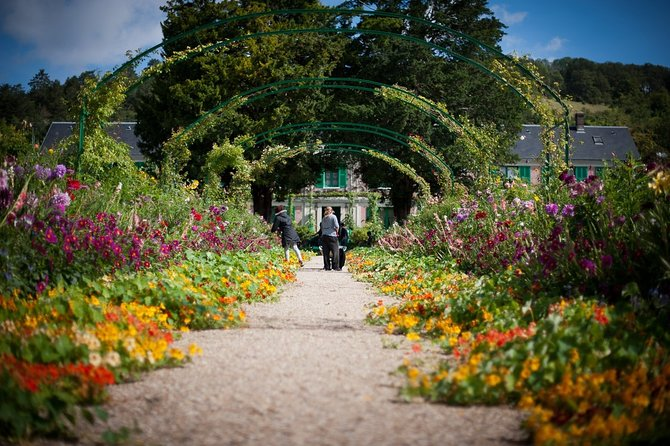 Guided tour Monet's house and gardens/Giverny
