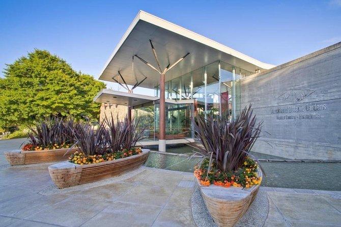 Explore Auckland Botanic Garden