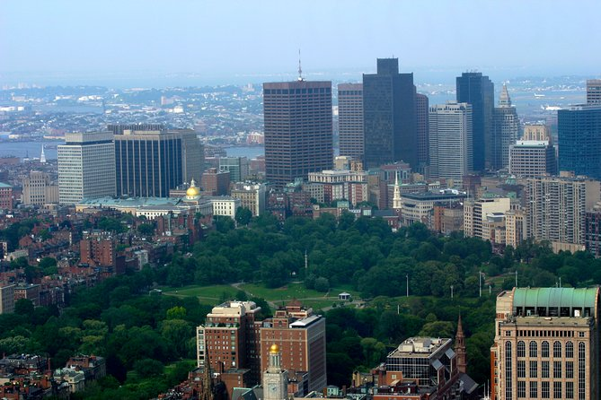 Private 4-hour City Tour in Boston with private driver and official guide
