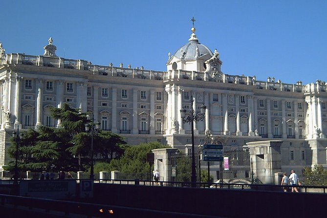 Private Tours during 5 days in Madrid with private pick up and entrance tickets