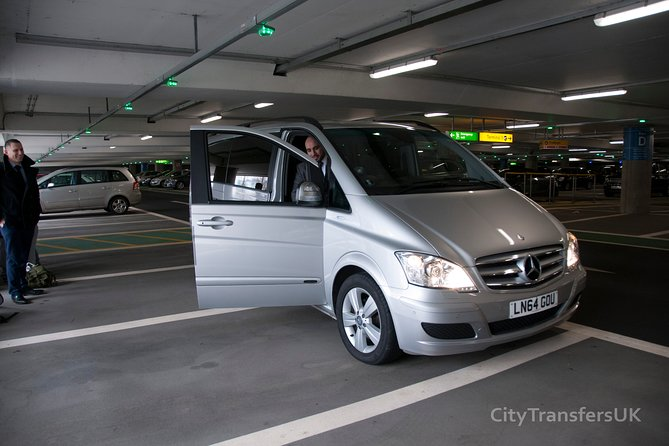 London Heathrow (LHR) Airport Departure Shared Transfer - Hotel to Airport