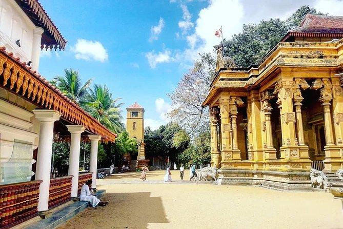 Half Day Tour to Visit Kelaniya Temple