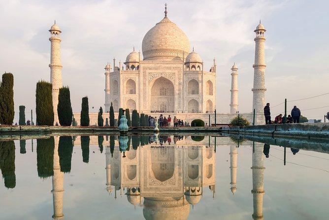 Explore old city Agra and amazing Taj Mahal
