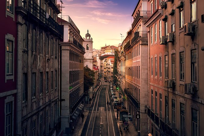 Discover Lisbon in Night