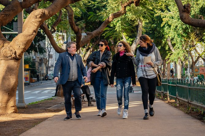 Withlocals Highlights & Hidden Gems: Safe & Private Private Tour in Tel-Aviv