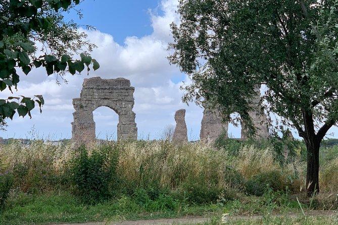 Roman Ancient Aqueducts, Villa of Quintili and Castelli Romani Private Tour