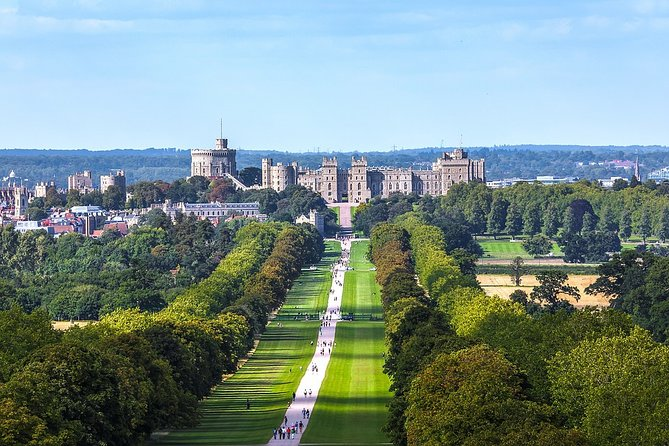 Layover Royal Windsor Private Tour from LHR includes Fast track pass