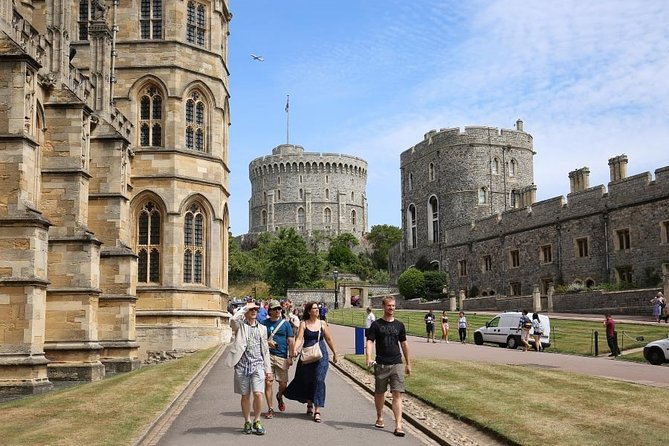 Royal Windsor, Oxford & Shakespeare Private. Tour Includes Entry Passes