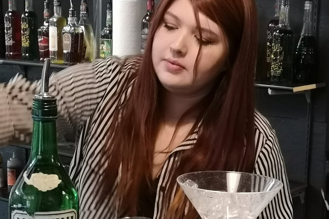 Private 20-Hour Bartender Training in Calgary