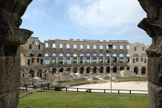 """Guided tour """"Love stories of Pula"""""""